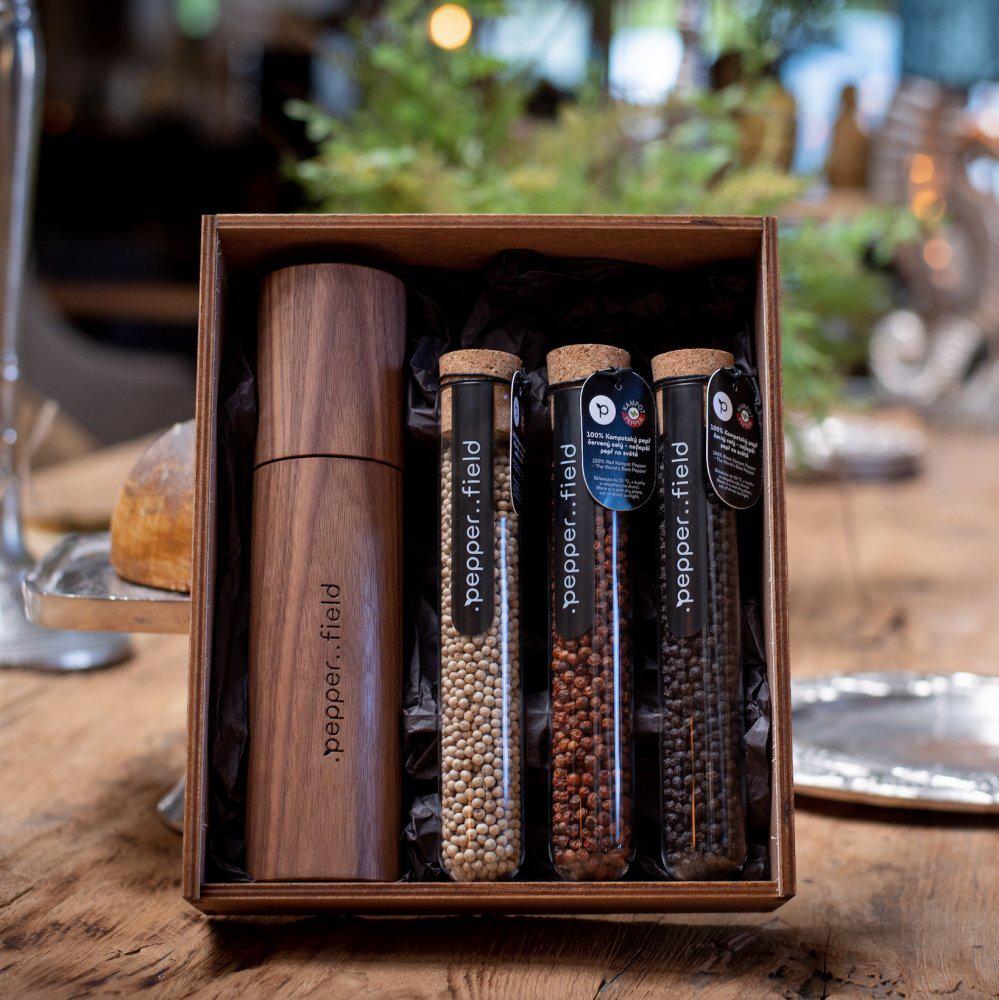 Kampotské korenie - DARK sada s mlynčekom z amerického orecha v darčekovej krabičke (3x75g)